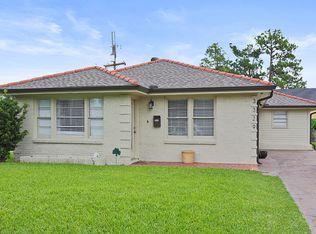 3329 Calhoun St , New Orleans LA