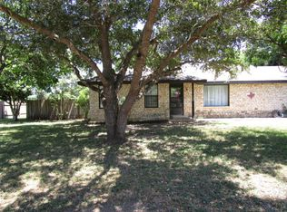 361 Spring River Dr , Martindale TX