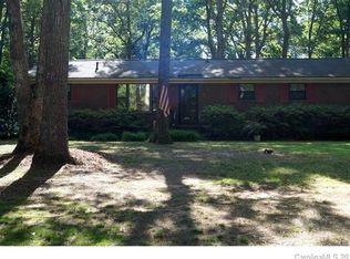 310 Forest Park Rd , Matthews NC