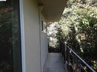 2302 John Ct, Castro Valley, CA 94546