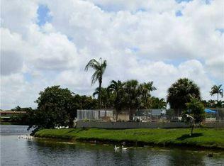 11001 SW 70th Ter , Miami FL