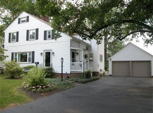 537 Bloomington Dr , Wooster OH