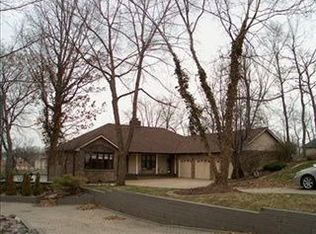 395 Wessex Rd , Valparaiso IN