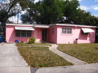 2445 NW 168th St , Miami Gardens FL