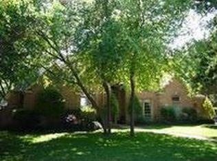932 Trailwood Ct , Cedar Hill TX