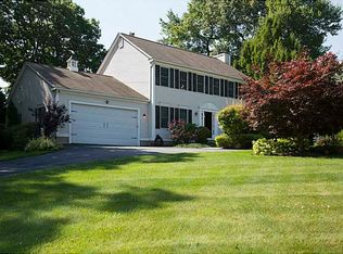 192 Alpine Estates Dr , Cranston RI