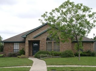 2308 Covered Wagon Dr , Plano TX