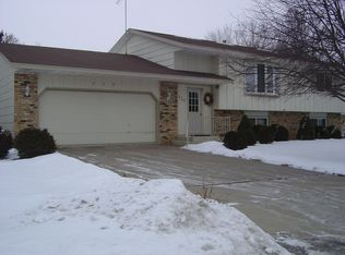 930 Southview Dr , Hastings MN