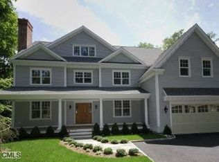 142 Parade Hill Rd , New Canaan CT