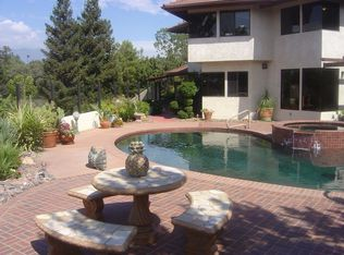 30635 Country Club Dr , Redlands CA
