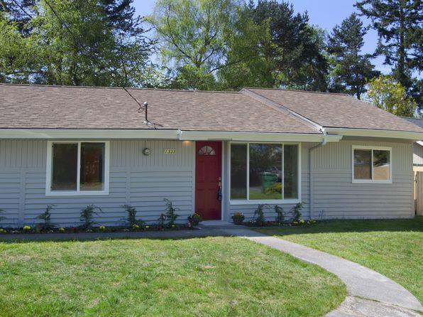 1333 N 121st St, Seattle, WA