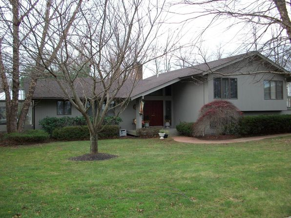 5 Bluffview Ct, Miller Place, NY