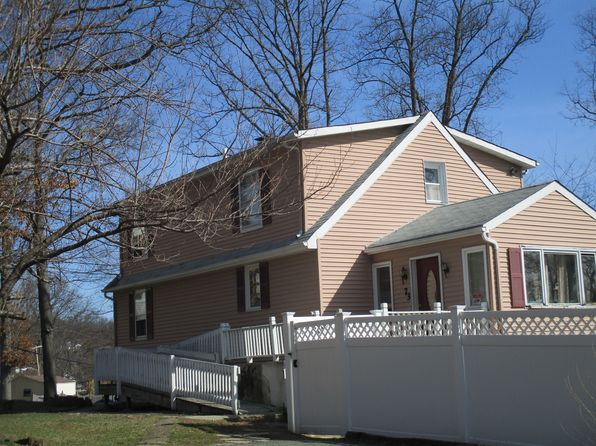 Pool house 07866 real estate 07866 homes for sale zillow for 17 agnes terrace hawthorne nj