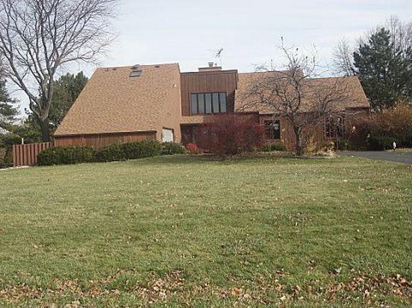 165 Goldeneye Ln, Bloomingdale, IL