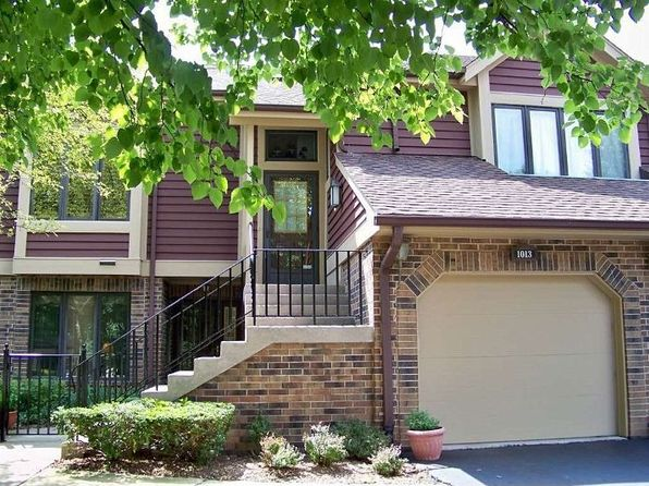 1015 Braemoor Dr, Downers Grove, IL