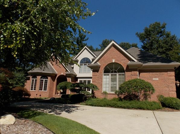 on a wonderful oxford township real estate oxford township mi homes for sale zillow