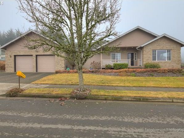 11798 Skellenger Way, Oregon City, OR