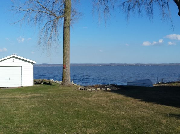 North fond du lac wi waterfront homes for sale 0 homes for Home builders fond du lac wi