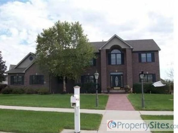 5215 Copper Creek Dr, Pleasant Hill, IA