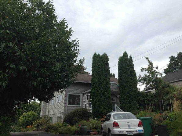 2748 NE 103rd St, Seattle, WA