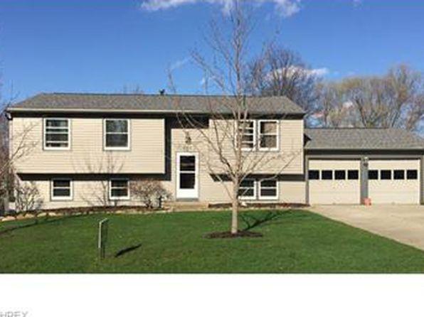 4315 Elmhurst Dr, Stow, OH