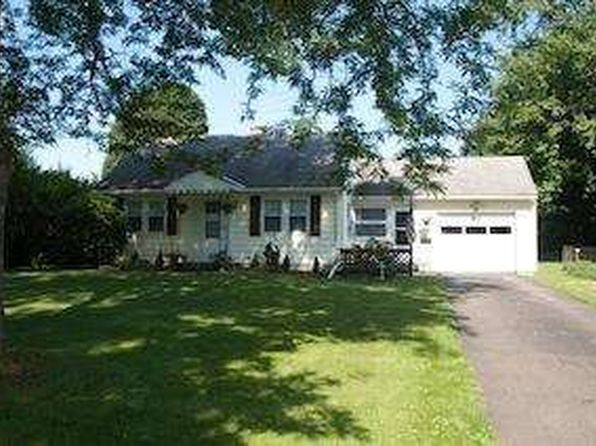 38 Overlook Dr, Sidney, NY