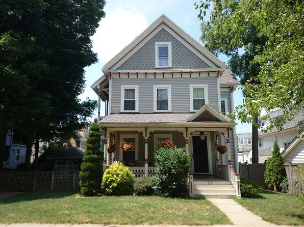 10 Elm Lawn St, Dorchester, MA