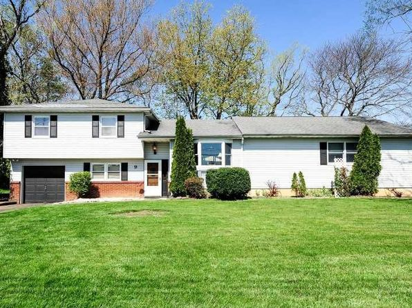 4 terrence ter freehold nj 07728 zillow for 35 mansion terrace cranford nj