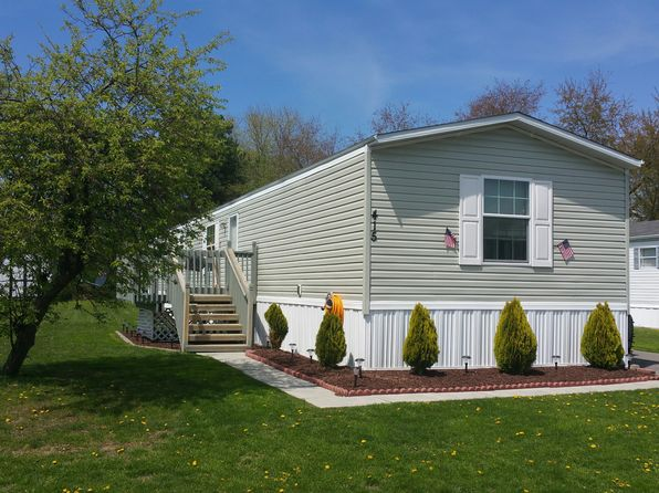 415 Sunny Dale Dr, Cranberry Township, PA
