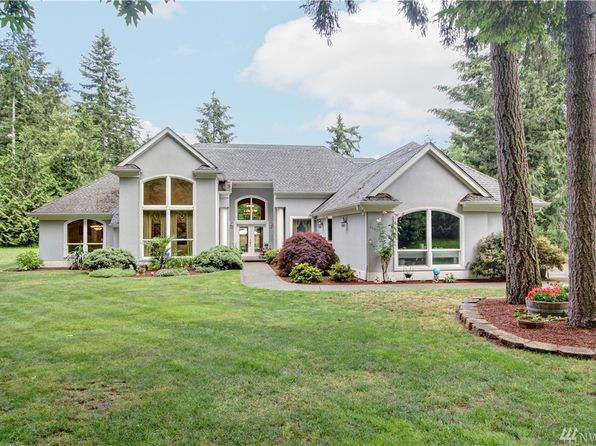 Rambler on large lot spanaway real estate spanaway wa for Rambler homes for sale