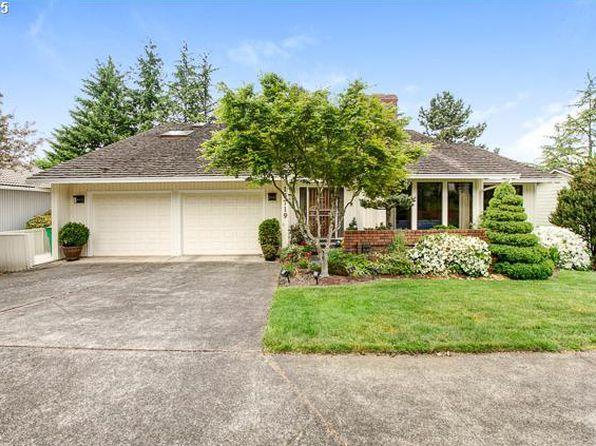 15719 NE Siskiyou Ct, Portland, OR