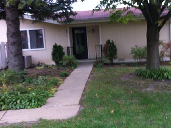 4716 W Oakwood Dr APT 3, Mchenry, IL