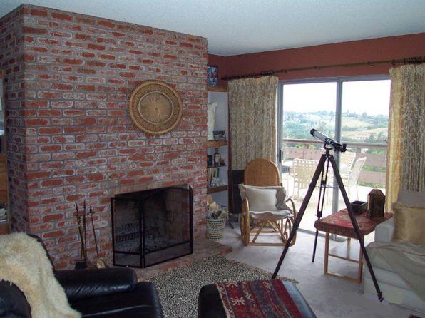 1670 Lone Oak Rd, Vista, CA