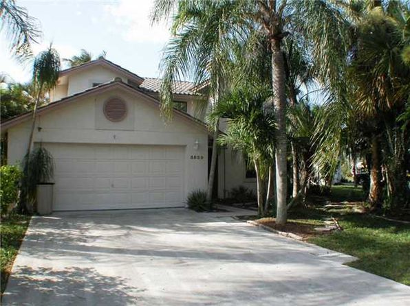 5829 Strawberry Lakes Cir, Lake Worth, FL