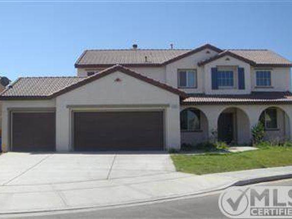 13733 Dove Ct, Victorville, CA