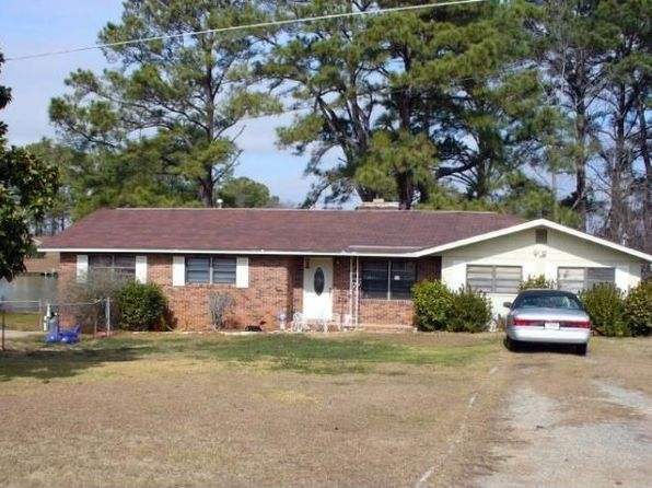 249 Lakeshore Cir NE, Milledgeville, GA