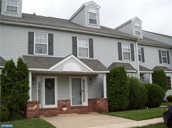 203 Truman Ct, Norristown, PA