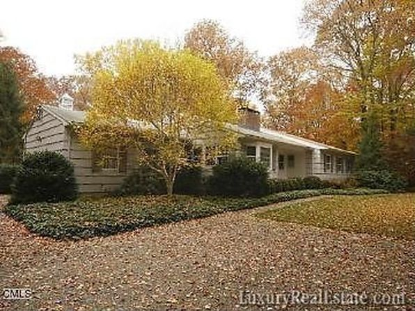 62 Turtle Back Ln E, New Canaan, CT