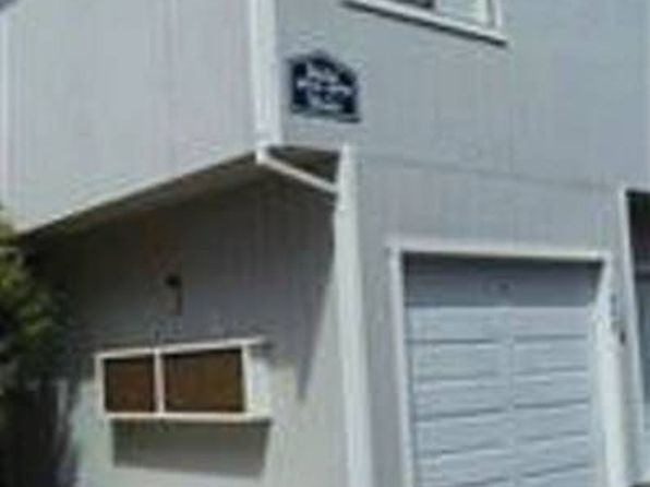 1058 Maywood Ln, Martinez, CA