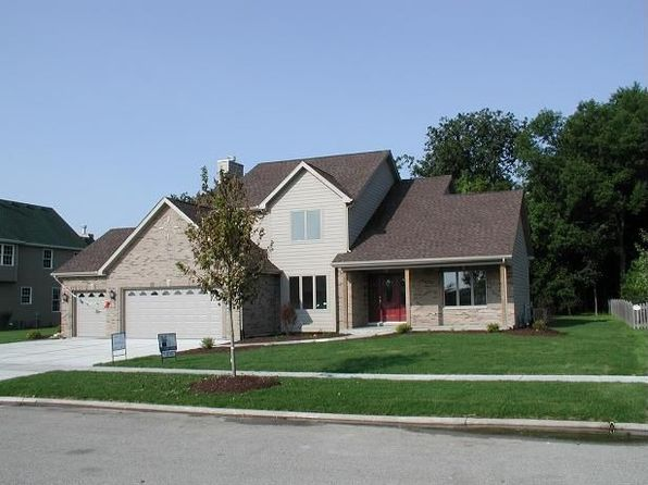 1706 Little Willow Rd, Morris, IL