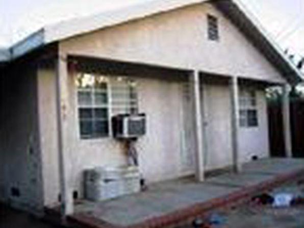 8848 Langdon Ave, North Hills, CA