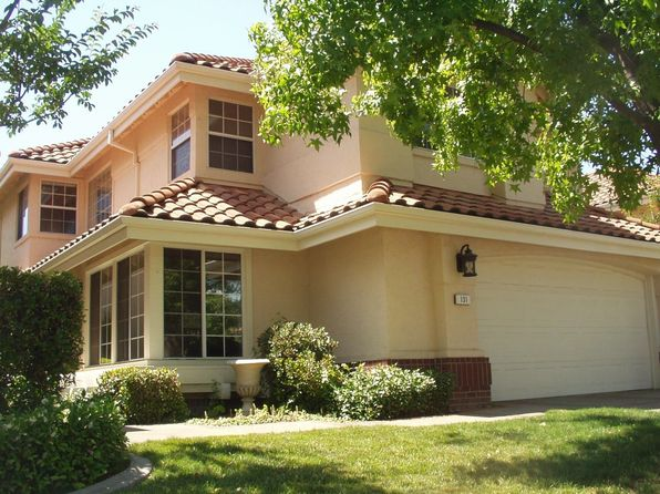 131 Marble Canyon Dr, Folsom, CA