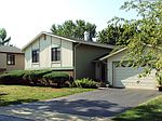 846 Lakeside Dr, Bartlett, IL