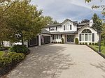 6525 Woodhawk Dr, Mayfield Heights, OH