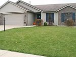 175 Southland Dr, Waterloo, IN