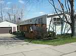 1212 11th Ave SE, Mandan, ND