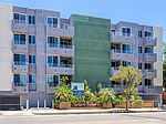 5818 Whitsett Ave # 403, Valley Village, CA