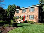 2742 Jennifer Dr, Brighton, MI