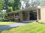108 5th St, Walnut, IL