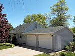 2884 Knollwood Dr SE, Rochester, MN